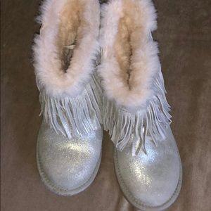 Ugg sliver boots size 3